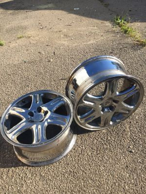 2 rims chrome like brand new for Mitsubishi 18/8.5 for Sale in Columbus, OH
