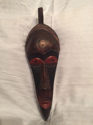 Handcrafted Ghana Wood Mask with Medallion for Sale in Minocqua, WI
