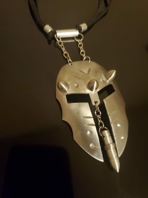 Spartan helmet necklace for Sale in Euless, TX