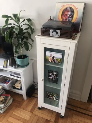 Cabinet on Wheels for Sale in Queens, NY