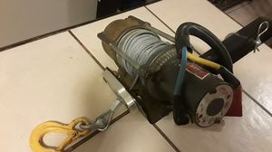 Tow hitch with winch for Sale in Glendale, AZ