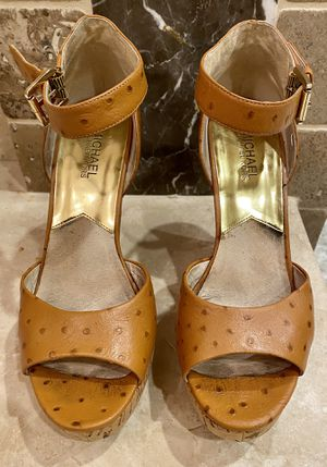 Woman shoes/Michael Kors/wedges for Sale in Bonita, CA