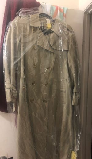 Vintage Burberry's coat for Sale in Fort Myers, FL