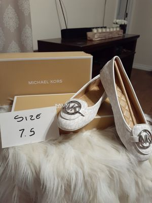 MICHAEL KORS SIZE 7.5 for Sale in Highland, CA