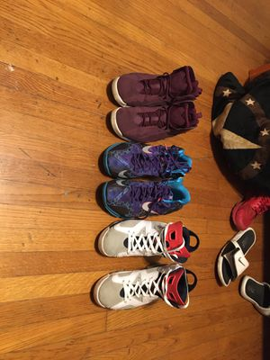 Jordan's,Nike,adidas,shoes,Nmds,wave runners,yeezy,700,500,350,concords,1s,2s,3s,4s,5s,6s,7s,8s,9s,10s,11,12s,13s Travis Scott off white Gucci Versac for Sale in Fort Worth, TX
