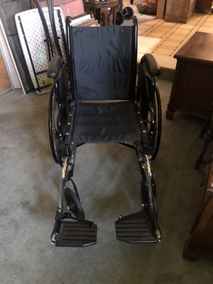 Wheelchair for Sale in Visalia, CA