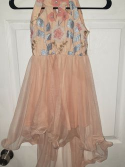 Girls Peach And Flowers Dress Size 7 for Sale in Troy,  NY