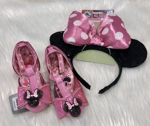 NEW Disney Minnie Mouse ears and shoes for Sale in Montebello, CA