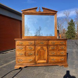 Long Dresser for Sale in Woodbridge, VA