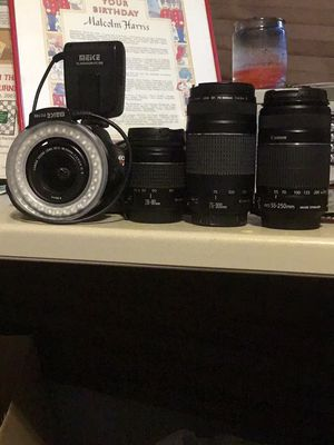 Canon t5 camera with 3 additional lenses for Sale in Atlanta, GA