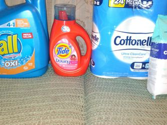 All Brand New All Oxi Stain Lifters 109 Loads Tide 29 Loads 6 Double Rolls Of Tissue 200 Sanitize Wipes All For $17 Firm Pickup Only for Sale in Phoenix,  AZ