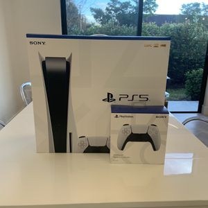 Sony PlayStation 5 Console Disc Version PS5 + FREE ADDITIONAL CONTROLLER for Sale in Fort Lauderdale, FL