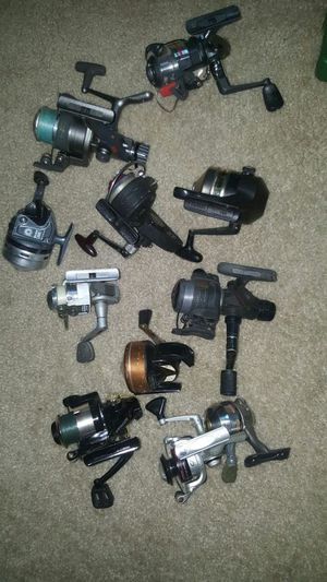 Missalaneous fishing reels for Sale in Raleigh, NC