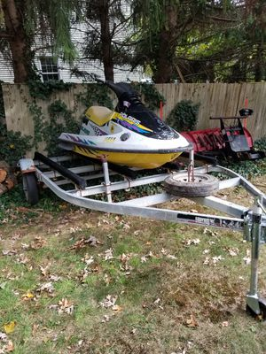 Got two polaris 1050 cc jetski not running right now with a double trailer 650 obo for Sale in Pawtucket, RI