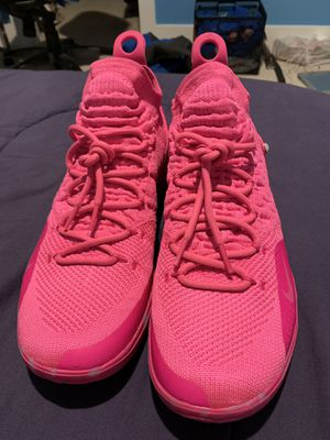 KD 11 Aunt Pearl Size 11 for Sale in Leesburg, VA