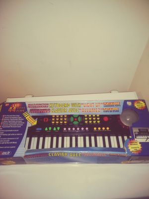 🎤Multi-Function Light Up Keyboard🎤 for Sale in Speedway, IN