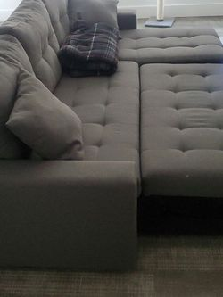 Sleeper Sectional Sofa for Sale in Los Angeles,  CA
