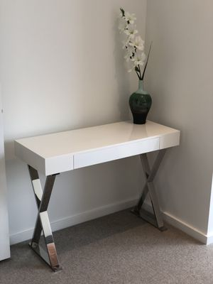 Bedroom Set, Night Stands and Console Table for Sale in Portland, OR