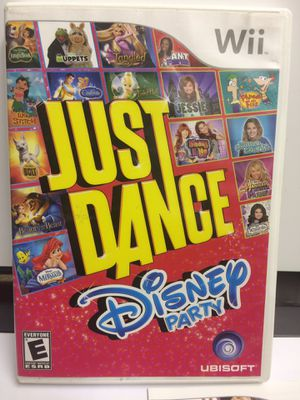 Just dance Disney party wii for Sale in Champaign, IL