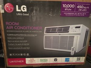 LG Room Air Conditioner with Remote for Sale in Los Angeles, CA
