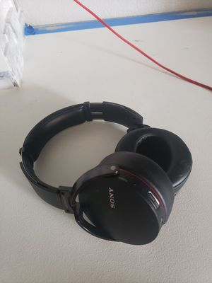 Wireless Sony Headphones for Sale in North Las Vegas, NV