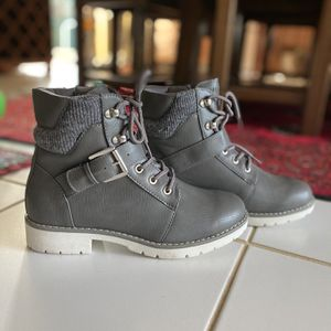 Nautica hiking leather Boots for Sale in Fort Lauderdale, FL