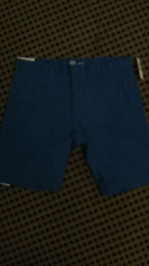 IZOD men's shorts size 32 with tags for Sale in Las Vegas, NV
