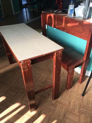 3 mesas y 3 bancos de madera $70 cada juego? for Sale in Herndon, VA