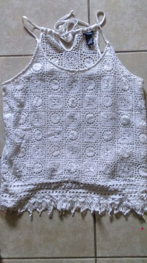 Women's rue 21 white crochet summer top size L superb condition! for Sale in Broken Arrow, OK