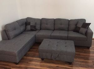 New gray denim sectional couch with storage ottoman for Sale in Renton, WA