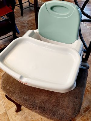 Fisher Price Booster Seat with Removable Tray, Teal & White for Sale in Peoria, AZ