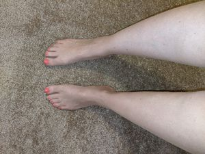 Gently used pantyhose for Sale in Mesa, AZ