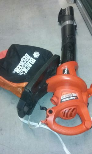 2 Leaf pickup leaf blower 1 price for Sale in Suitland-Silver Hill, MD