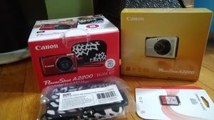 Canon Powershot A2200 Digital camera with deluxe kit for Sale in Columbus, OH