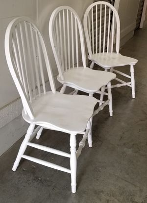 White Wooden Chairs Trio for Sale in Buena Park, CA
