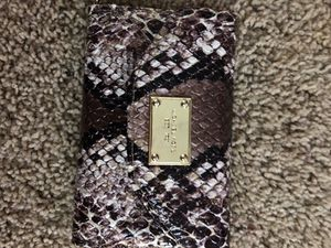 Michael Kors credit card wallet for Sale in Centerburg, OH