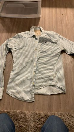 Medium Men's Hollister Button Up for Sale in Humble,  TX
