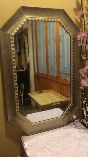 Mirror 36 inches tall/depth with 24 inches wide for Sale in West Covina, CA
