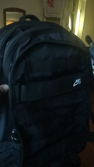 Nike sb black backpack for Sale in Torrance, CA