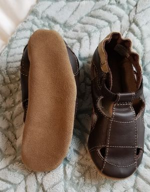Robeez Soft Sole Shoes (18-24 months) for Sale in San Antonio, TX