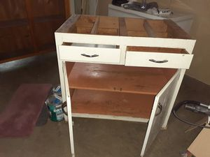 Free cabinet no top 3×2 for Sale in Independence, MO