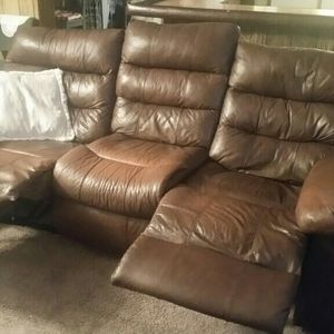 Leather Reclining Sofa for Sale in Smyrna, TN