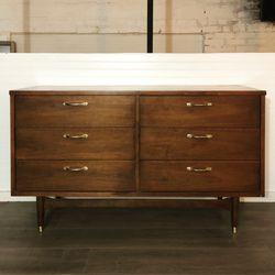 Mid Century Modern MCM 6 Drawer Dresser Lowboy for Sale in Seattle,  WA