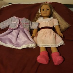 American Girl doll McKenna for Sale in Jurupa Valley, CA