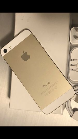 iPhone 5s - factory unlocked, clean IMEI for Sale in Springfield, VA