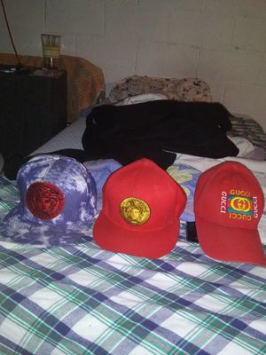 Designer hats gucci and Versace for Sale in Bridgeville, PA
