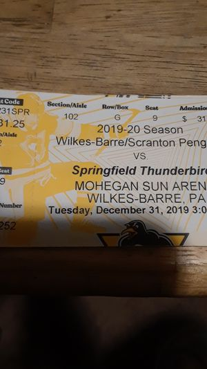 3 Hockey tickets for Sale in WLKS BARR Township, PA