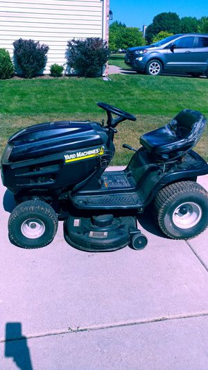 Riding lawn mower for Sale in Commerce Charter Township, MI