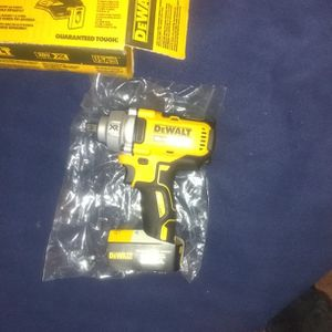 DeWalt Half Inch Mid-range Impact Wrench With Detent Pin Anvil Brand New XR Brushless for Sale in Hammonton, NJ
