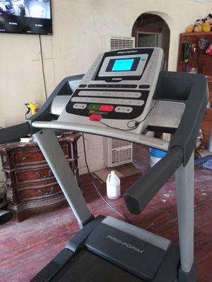 Treadmill pro form for Sale in San Bernardino, CA
